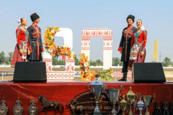 В этом году скачки посвящены 80-летию образования Краснодарского края