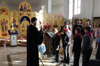 Посящение казачат в храме