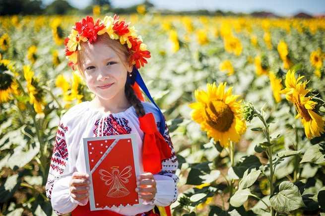 ученица первого класса казачьей школы № 24 станицы Раевской София Галотина